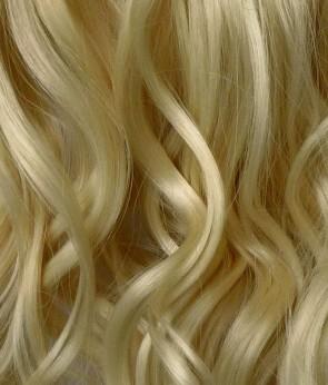 23 Inch One Piece Wavy - Light Blonde